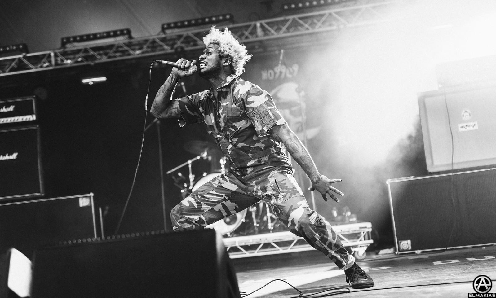Eaddy of Ho99o9 live at Reading Festival 2015 by Adam Elmakias