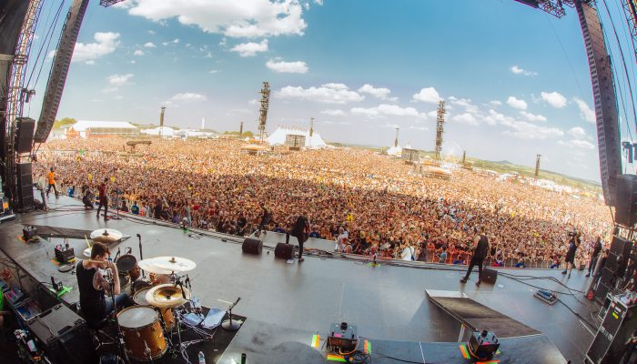 Crowd shot with a fisheye